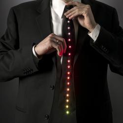 Krawat pełen światełek
