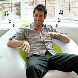 Nadmuchiwany fotel z głośnikami