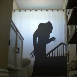 Zasłona prysznicowa z cieniem wampira
