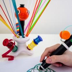 Pisak 3D wykorzystujący plastikowe butelki