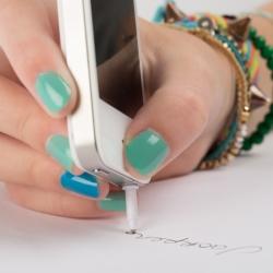 Długopis w smartfonie