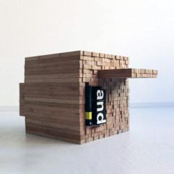 Stół na wzór pikseli