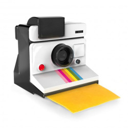 Polaroid krojący ser