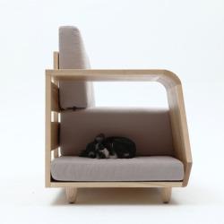 Sofa z miejscem dla psa