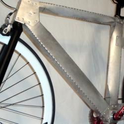 Rama roweru wykonana z blachy