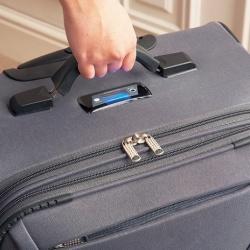 Ta torba podróżna sama się waży