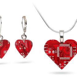 Biżuteria w komputerowym stylu
