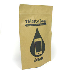 Thirsty Bag osuszy twój telefon